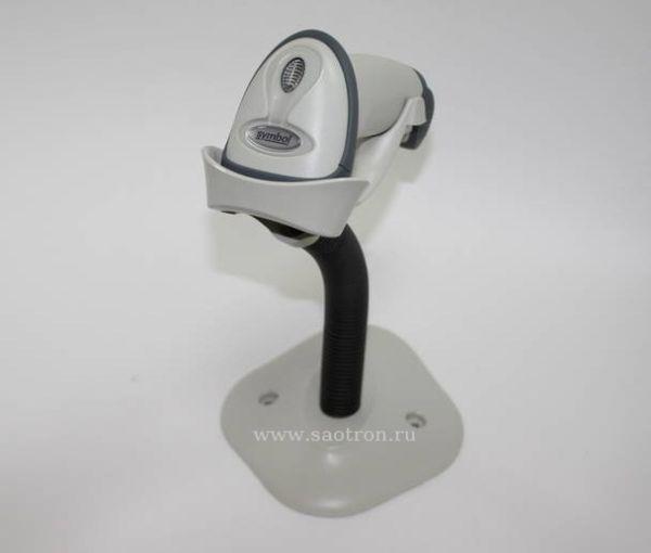 Сканер штрих кода Zebra / Motorola Symbol LS 2208 KIT: USB (черный, в комплекте с USB кабелем)